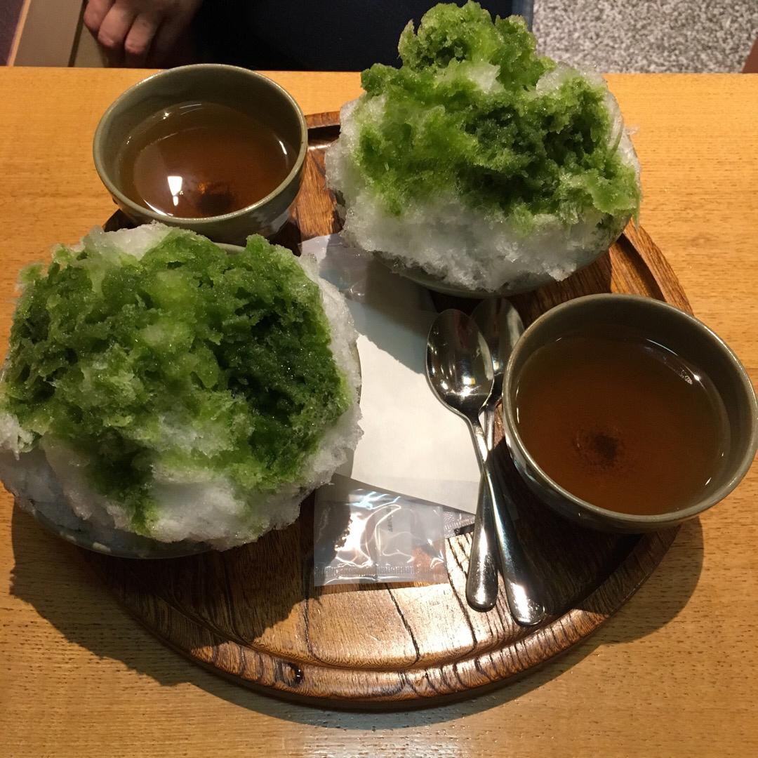 名駅地下街の赤福 赤福氷ひさびさに食べた😋