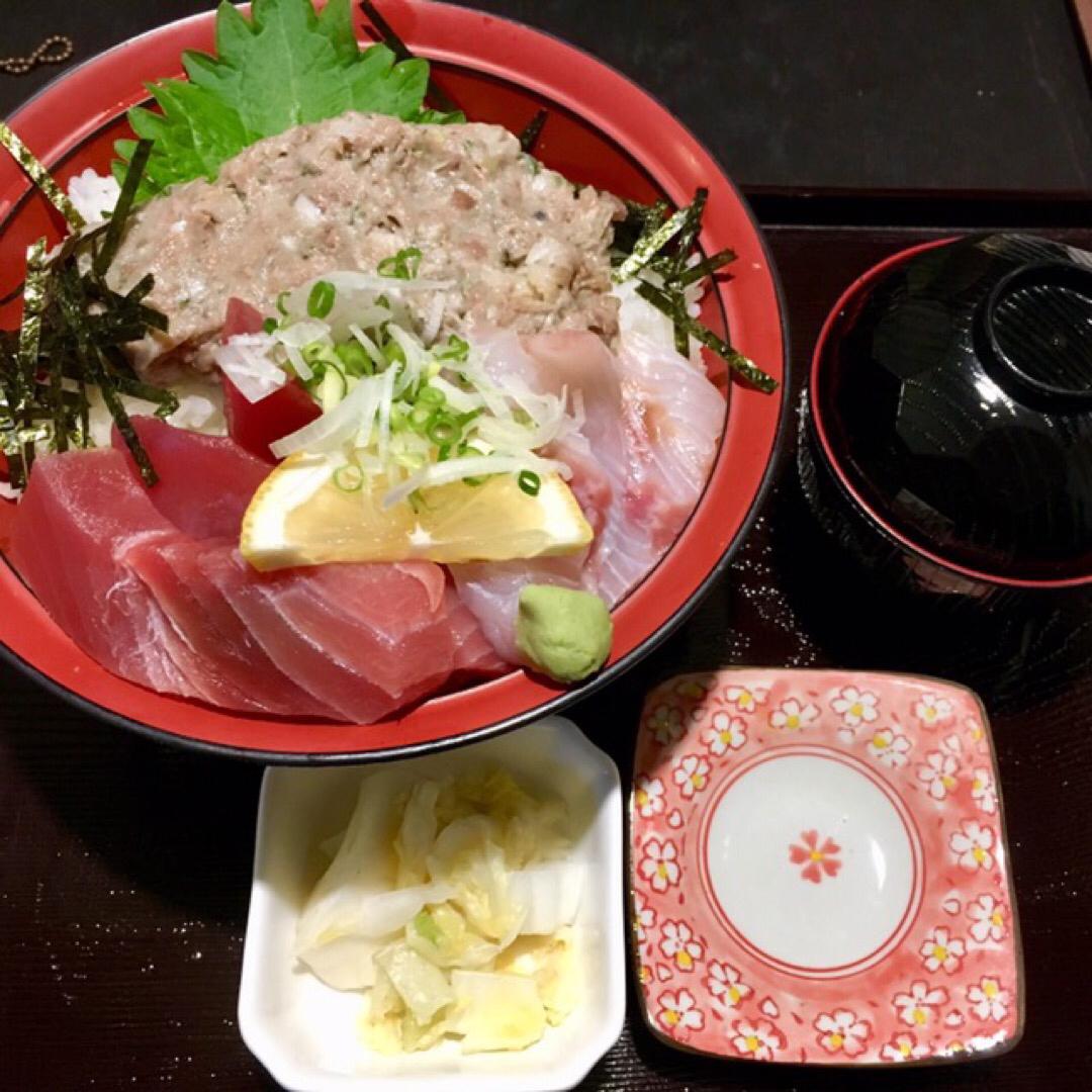 日本屈指の漁港で海鮮丼🐟
