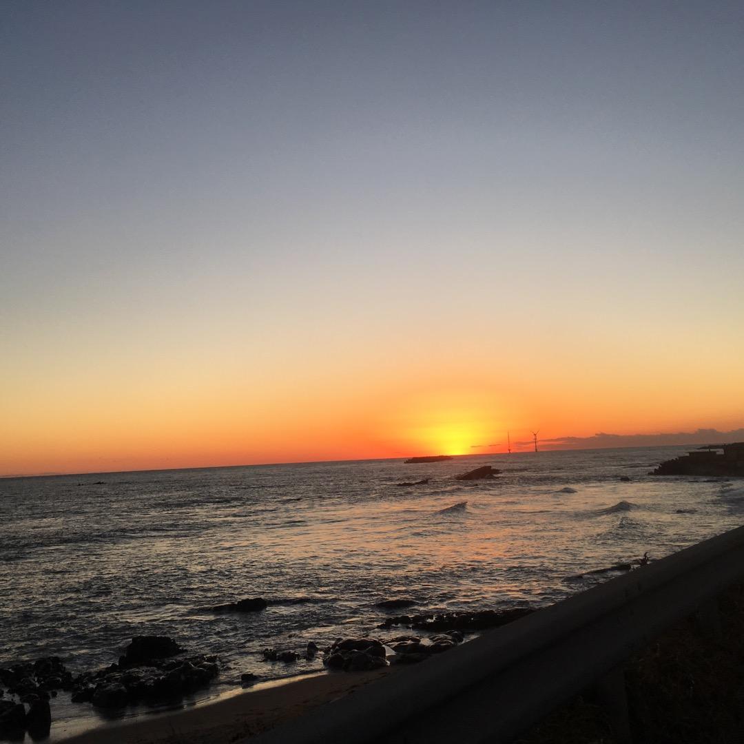 ドライブ中に素敵な夕日を発見🌄
