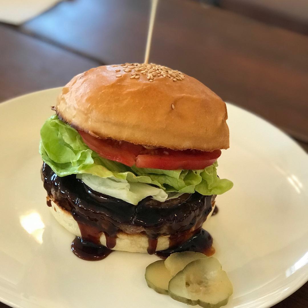 館山市にあるハンバーガー屋さん。 レインボーグリルのテリヤキバーガ...